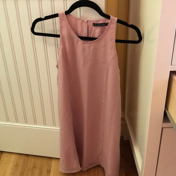Abercrombie & Fitch Dresses & Skirts - Pink shift dress